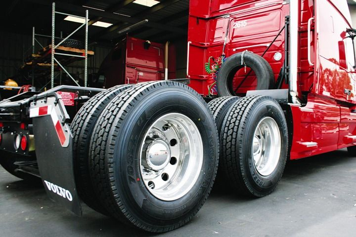 Truck and Tyre